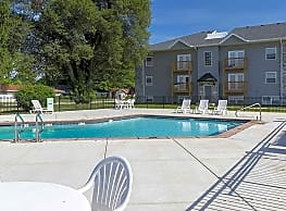 Quail Ridge Townhomes & Apartments - Springfield