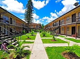 Maple Court Apartments - McAllen