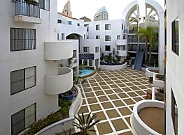 600 Front Apartments - San Diego
