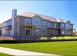 High Bluff Apartments and Townhomes - Grafton