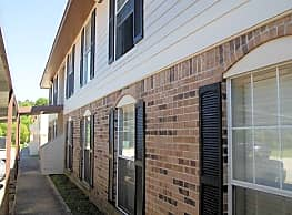 Mona Lisa Apartments and Townhomes - Leesville