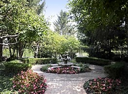 The Gardens Of Canal Court - Indianapolis