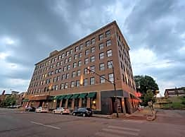 Erie Terminal Place Apartments - Youngstown