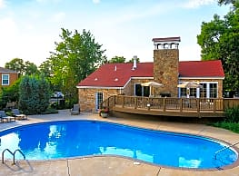 Boulder Creek Apartments - Boulder