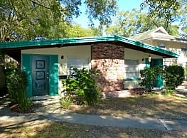 Nice 2 BR / 1 BA Duplex in Downtown - Orlando