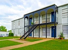 Serenity Apartments at The Park - Montgomery