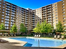 Willoughby Hills Towers - Willoughby Hills