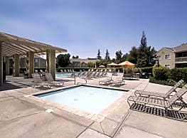 Cambridge Village Apartments - Bakersfield
