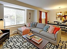 Hubbard's Crossing Townhome Apartments - Kirkland