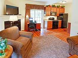 Cottage Hill Townhomes - Queensbury