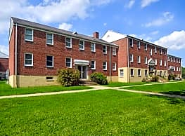 Lee Court Apartments - Edgewood