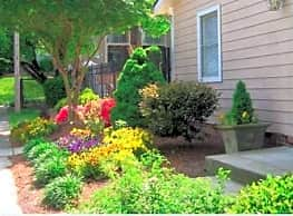 Cloisters & Foxfire Apartments - High Point
