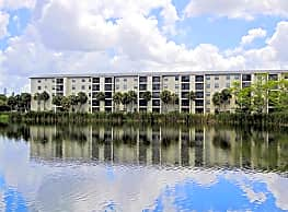 Bayshore Apartments - Bradenton