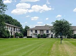 Bridgewood Apartments - Brownstown