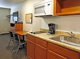 WoodSpring Suites Williston - Williston