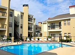 The Landings at Willowbrook - Houston