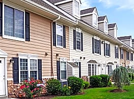 Montgomery Manor Apartments & Townhomes - Hatfield