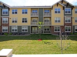 Fox Hills Village Apartments - Watford City