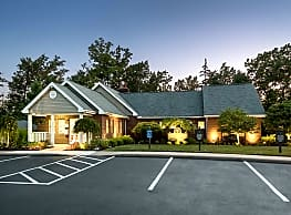 Waterford Village Apartments - Medina