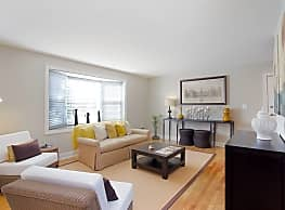 Rodgers Forge Apartments - Baltimore