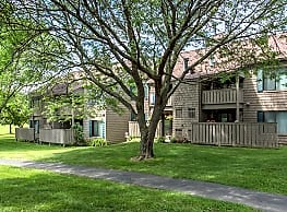 Steeplechase Apartments - Camillus