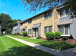 Woodbridge Apartments of Bloomington - Bloomington