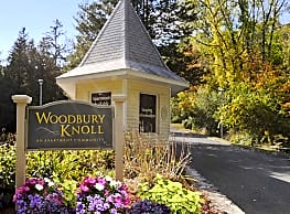 Woodbury Knoll Apartments - Woodbury