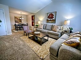 Regal Pointe at Cypress Creek - Tuscaloosa