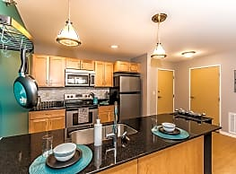 Southpoint Apartments - Grand Forks