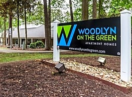 Woodlyn on the Green - Cary