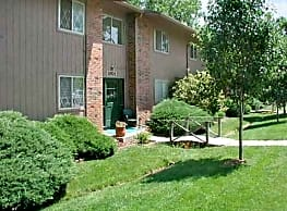 Brookridge Country Club Apartments - Overland Park
