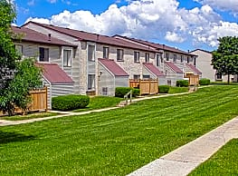Pennswood Apartments & Townhomes - Harrisburg