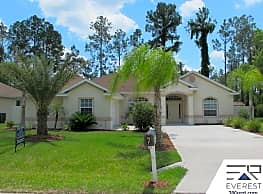 RARE FIND, 3+DEN/2/2 IN DESIRABLE CYPRESS KNOLL - Palm Coast