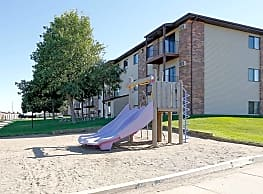 Century East Apartments - Bismarck