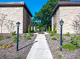 Faircrest Apartments - Madison