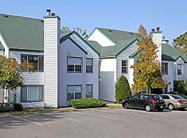 Woodlake Village Apartments - Independence