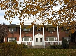 Tor View Village Apartments - Garnerville