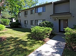 Fairwood Apartments - Guilderland