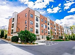 2918 North At Winstead Commons - Greensboro