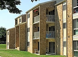 Top Field Apartments - Cockeysville