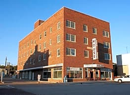 Porter House Apartments - Beloit