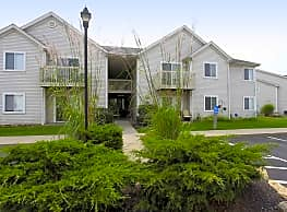 Columbia Woods Apartments - Akron