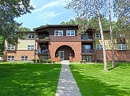London Square and Blue Spruce Apts - Clifton Park