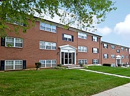 Pickwick Apartments - Baltimore