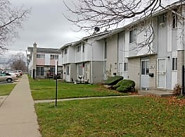 Parklane Townhouses - Inkster