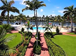 Royal Colonial Apartments - Boca Raton