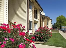 Pebblecreek Apartments - Springfield