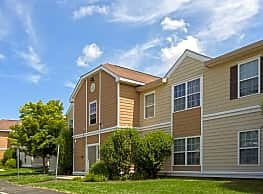 Willow Trace Apartments - Plainville