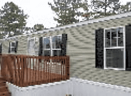3 bedroom, 2 bath home available - Rossville