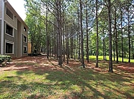 Tree Tops Apartments - Opelika